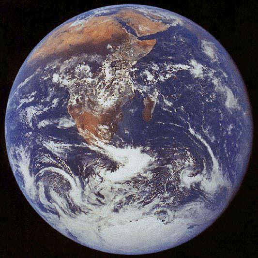 La Tierra vista desde el espacio, el planeta azul.