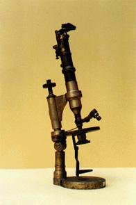 """""""Microscopio primitivo"""""""